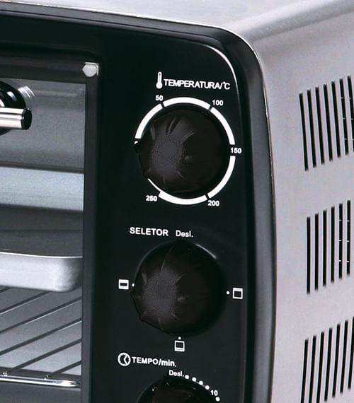 5097425234-forno-eletrico-tostador-inox-black-decker-14-litros-ft140-03